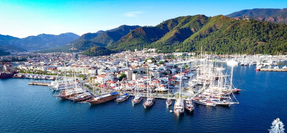 Luxury Yacht Rental in Marmaris
